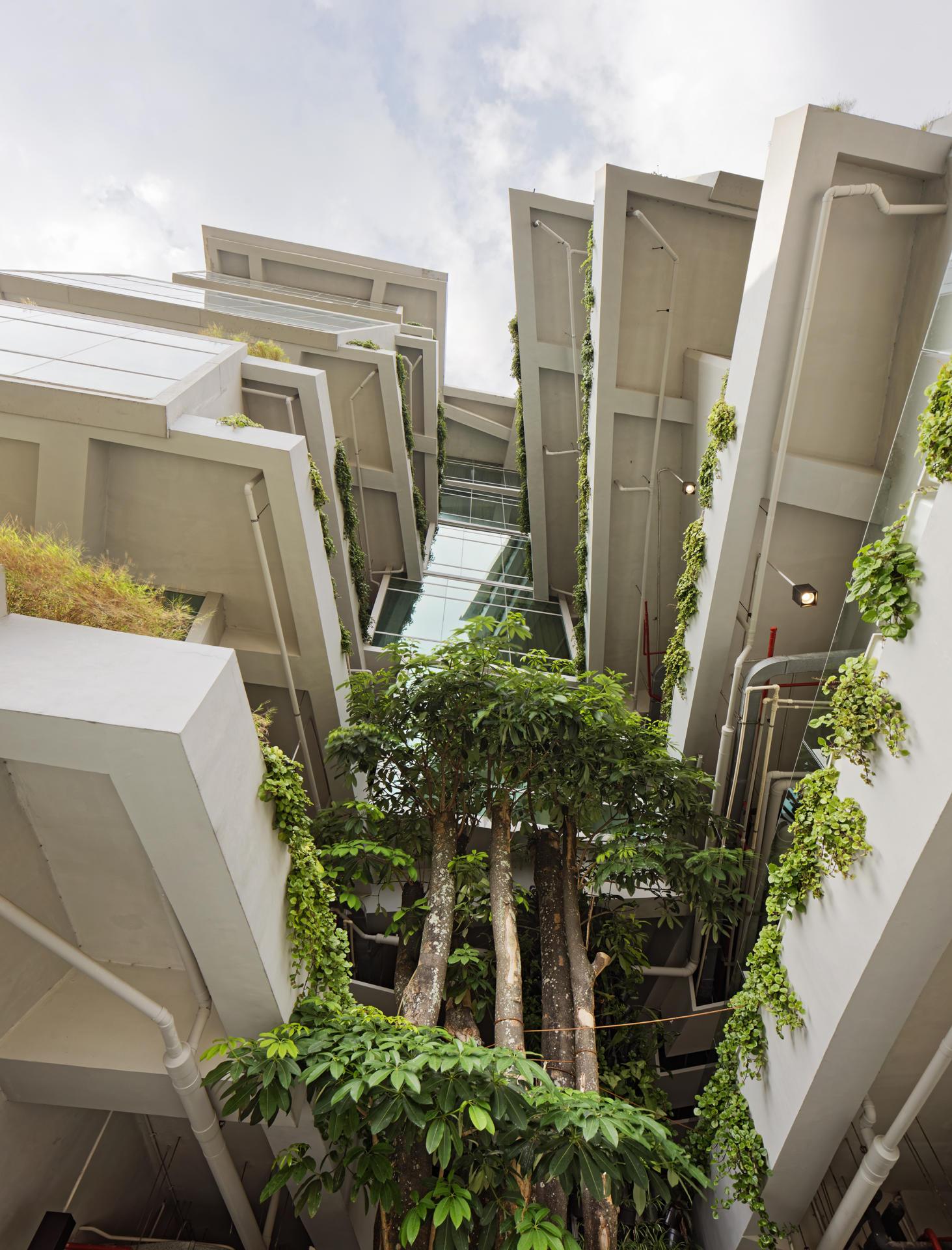 budipradono architects dancing hotel